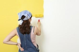 deux astuces pour neutraliser les odeurs de peinture dans une pi ce astuces de grand m re. Black Bedroom Furniture Sets. Home Design Ideas