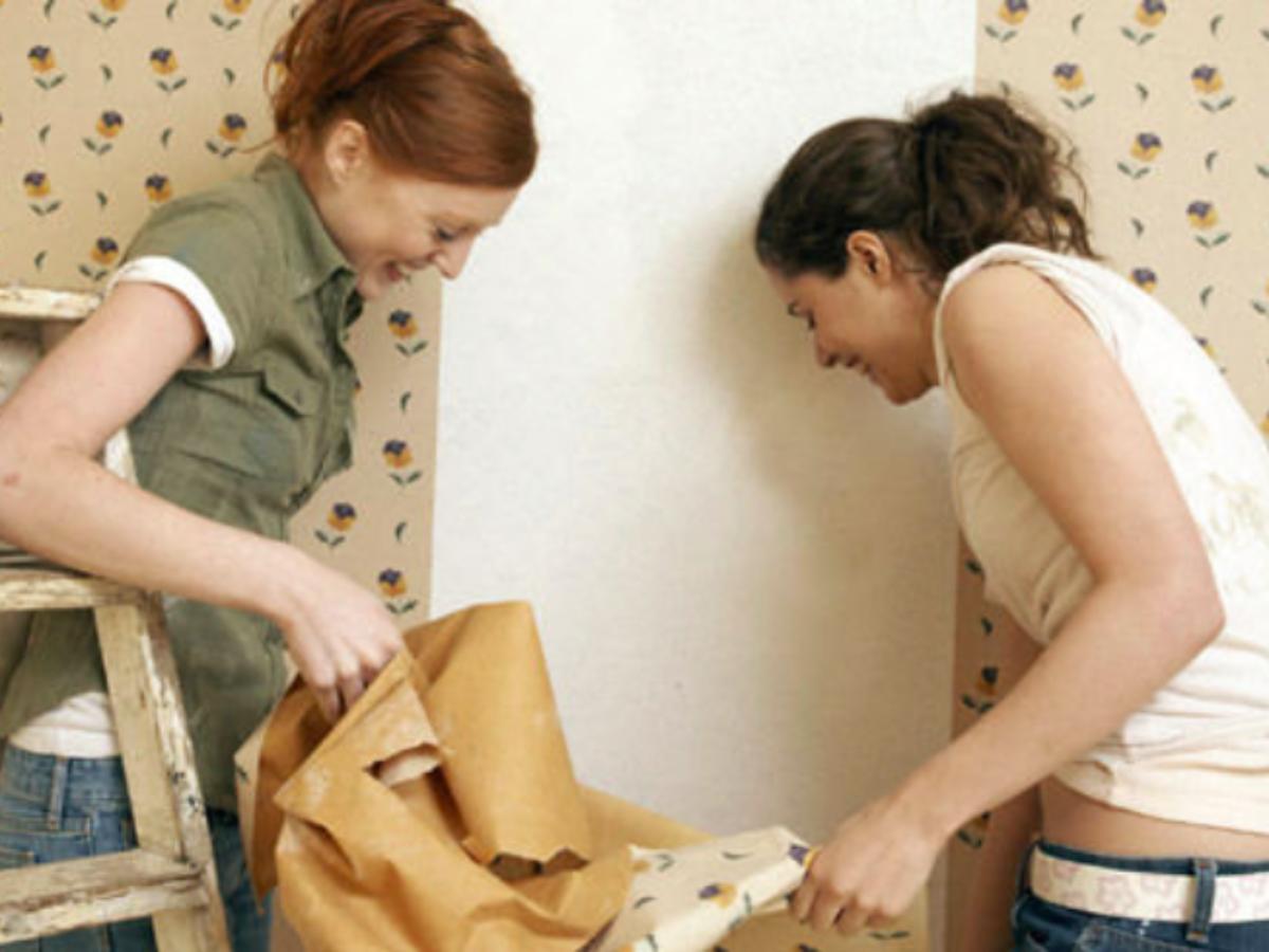 Astuce Pour Décoller Du Papier Peint comment décoller du papier peint sans décolleuse à vapeur ?