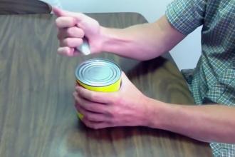 Comment ouvrir une boite de conserve avec une cuill re astuces de grand m re - Comment ouvrir une conserve ...
