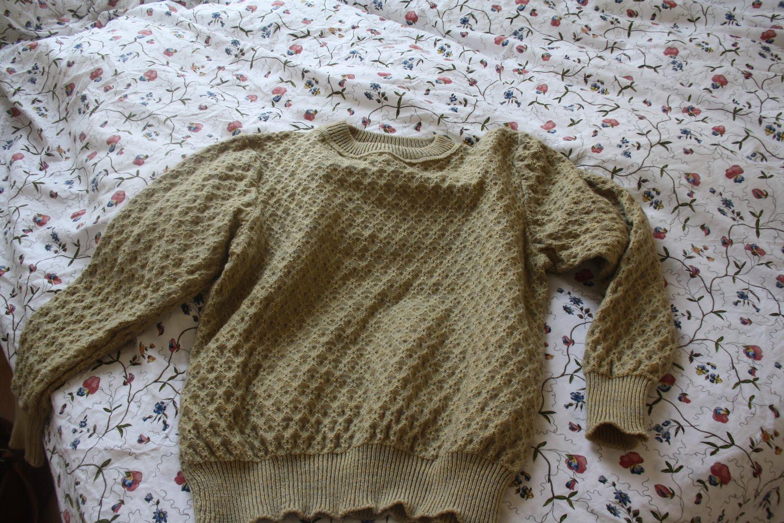Comment laver sans risque un v tement en laine astuces de grand m re - Linge deteint astuce grand mere ...