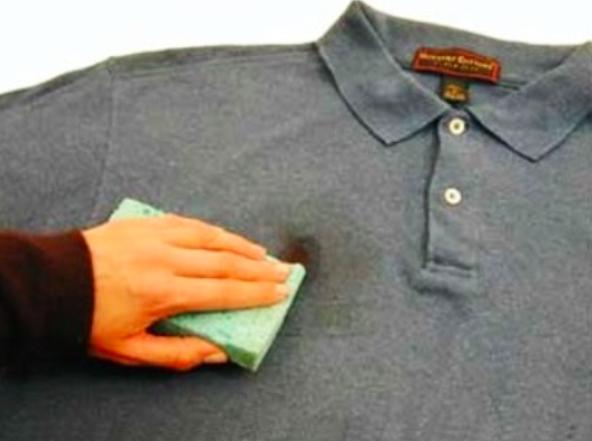 3 astuces pour enlever des taches de coloration sur les - Astuce pour enlever tache de rouille sur vetement ...