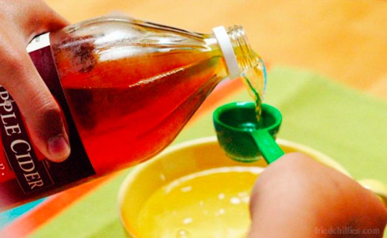 8 astuces de grand m re avec le vinaigre de cidre astuces de grand m re - Mere de vinaigre de cidre ...