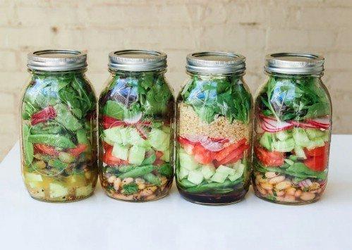 11-mason-jar-salads