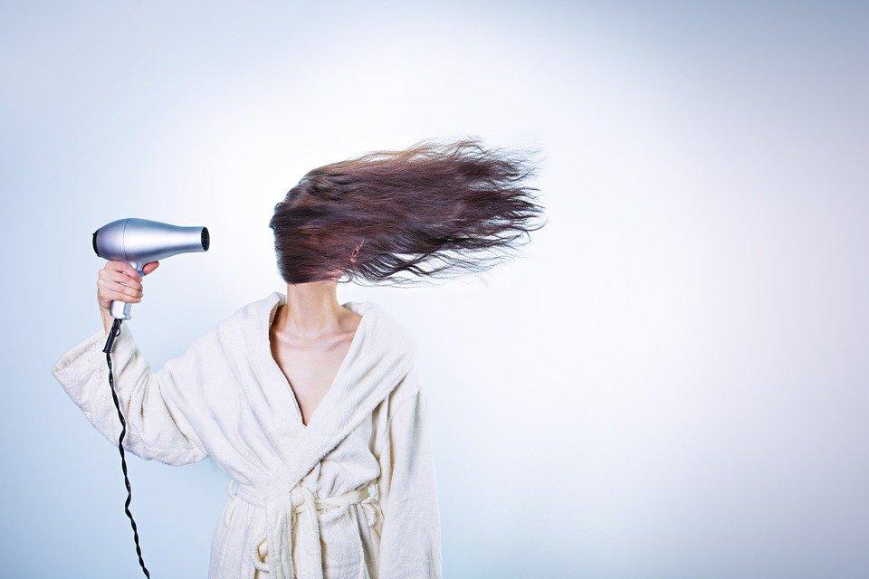 cheveux sèche cheveux