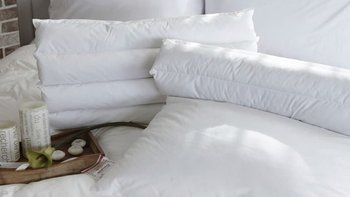 10 bons conseils pour blanchir vos oreillers