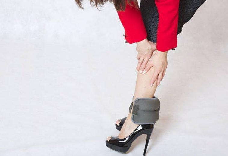 8 astuces efficaces contre les jambes lourdes astuces de grand m re. Black Bedroom Furniture Sets. Home Design Ideas