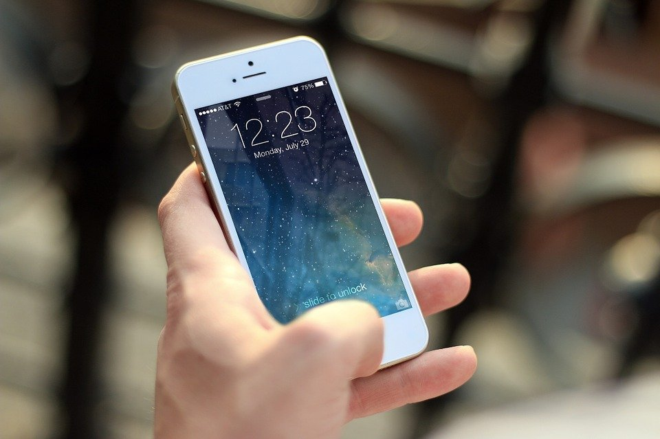iphone portable téléphone smartphone