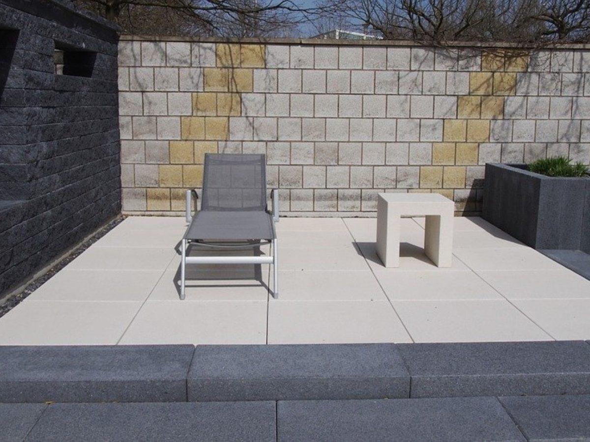Enlever Taches Noires Dalles Terrasse comment nettoyer votre terrasse sans trop dépenser