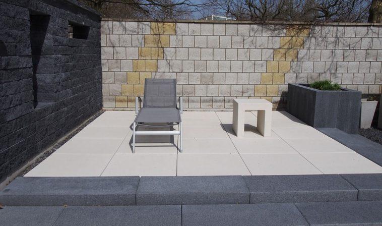 Comment Nettoyer Votre Terrasse Sans Trop Dépenser - Astuces De