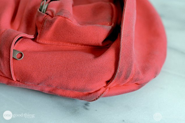 How to clean a school bag (or a backpack in general ...