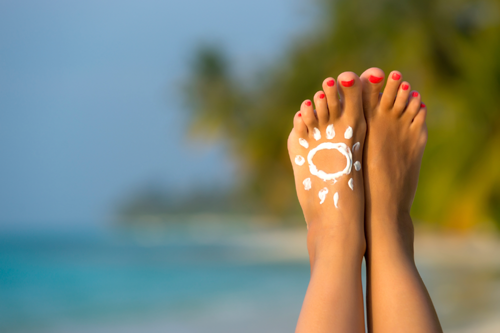 ont-forget-to-apply-sunscreen-on-your-feet