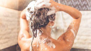 shampoing cheveux douche