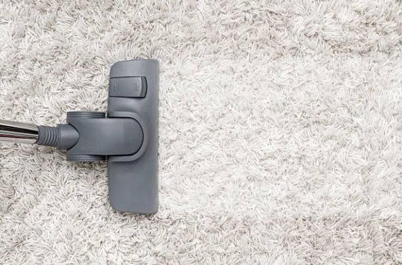 3 astuces pour nettoyer efficacement une tache sur un tapis en laine astuces de grand m re. Black Bedroom Furniture Sets. Home Design Ideas