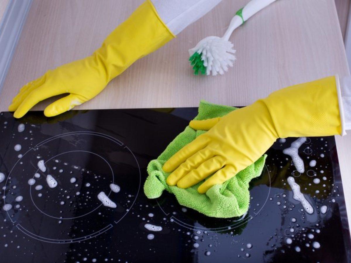 Comment Nettoyer Ma Plaque Induction 5 astuces pour nettoyer sa plaque vitrocéramique ou à induction