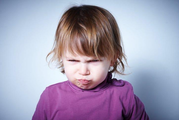 enfant mauvaise humeur énervé