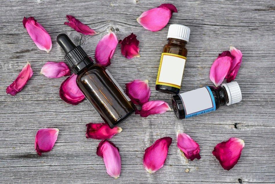 huiles huiles essentielles produits maison aromathérapie