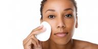 démaquillage soin de la peau