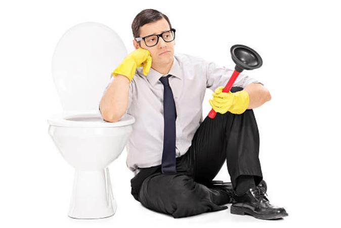une astuce insolite pour d boucher les toilettes astuces de grand m re. Black Bedroom Furniture Sets. Home Design Ideas