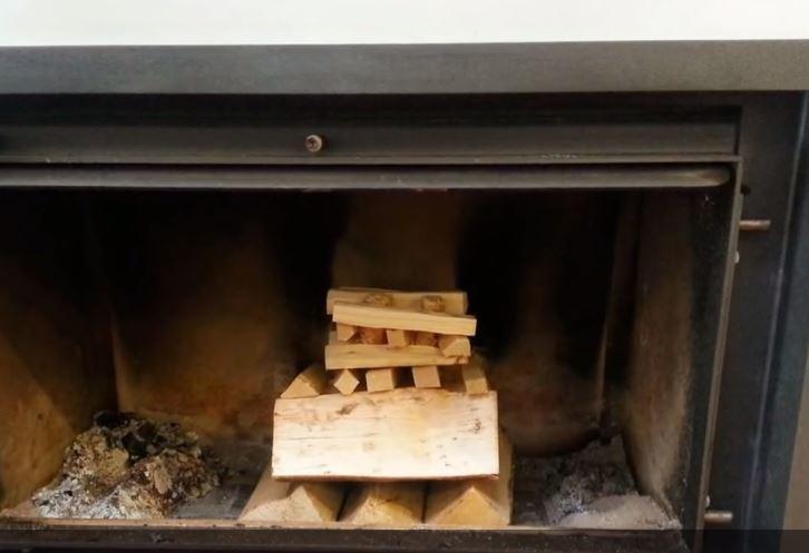 allumer une cheminée