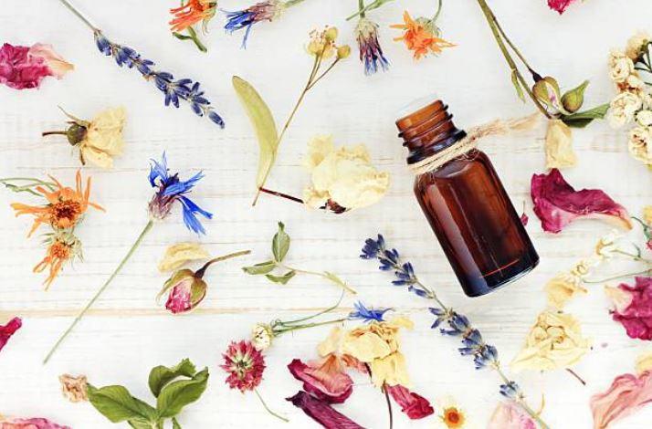 huile essentielle hydrolat eau florale