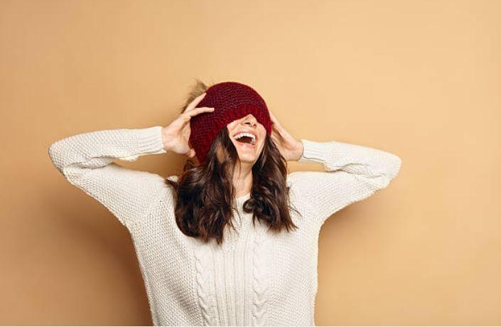 pull bonnet vêtements d'hiver heureuse joie