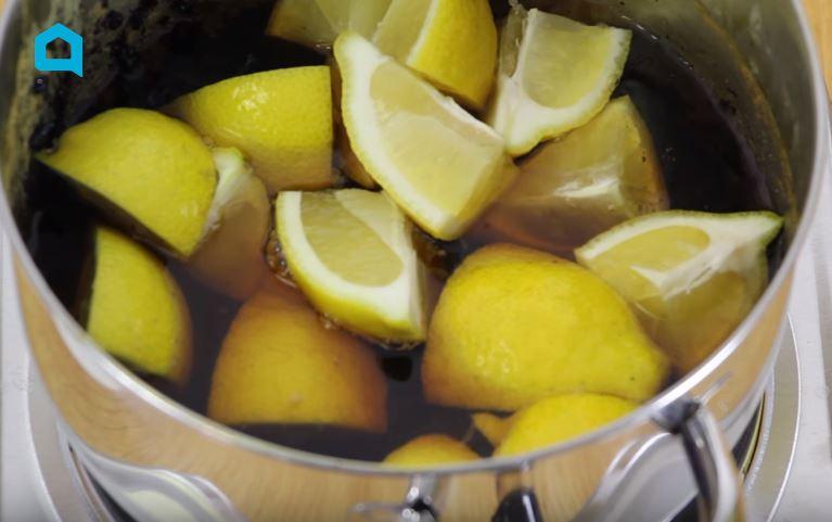 4 astuces de nettoyage toutes simples avec du citron pour changer du vinaigre astuces de grand. Black Bedroom Furniture Sets. Home Design Ideas