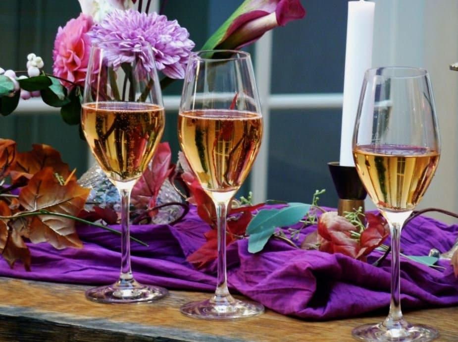 verres à pied fête champagne