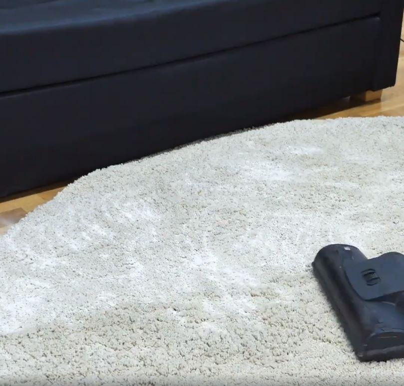 11 astuces malignes pour retrouver un sol impeccable astuces de grand m re. Black Bedroom Furniture Sets. Home Design Ideas