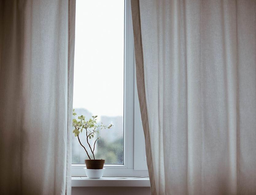rideaux fenêtre nettoyage