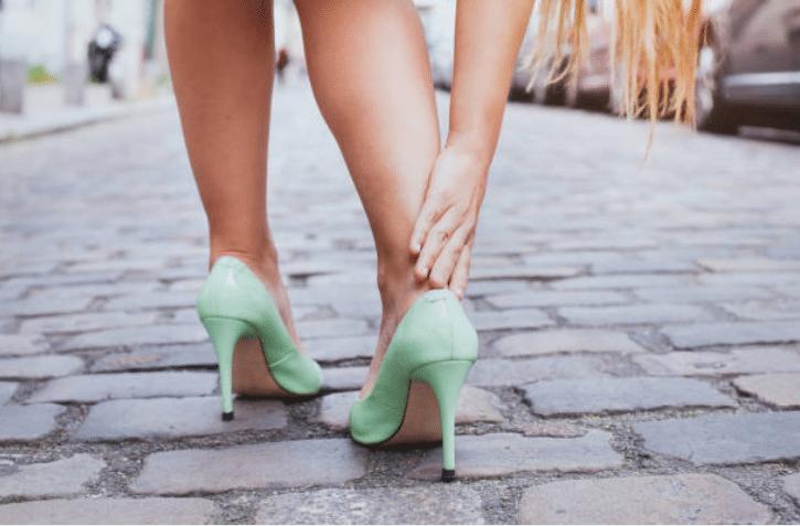 Des Pour À Les Astuces Ampoules Cause Chaussures6 Prévenir CxQdhstrBo