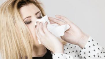 moucher mouchoir rhume malade