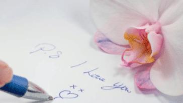 stylo bille mot écriture écrire déclaration d'amour