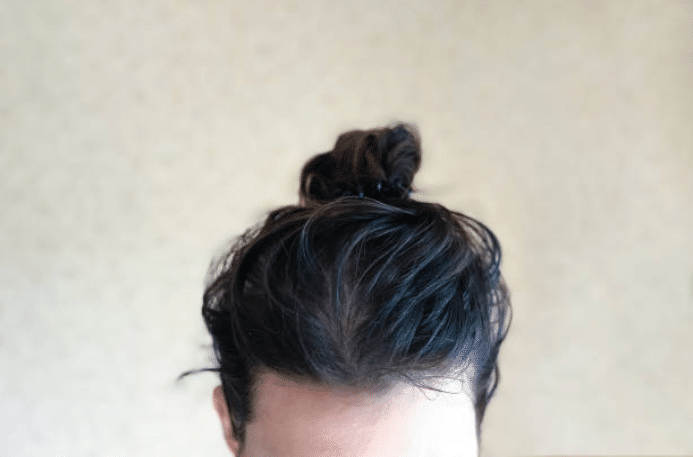 cheveux gras chignon