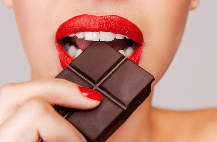 manger du chocolat noir