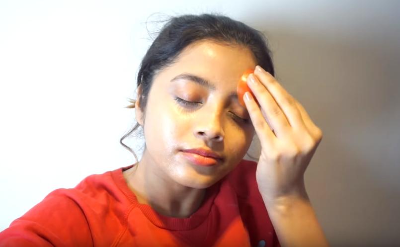 masque à la tomate contre l'acné