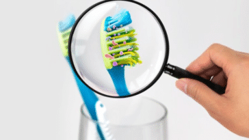 brosse à dents sale microbes bactéries