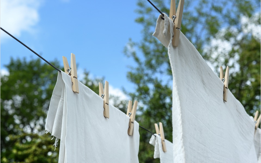 linge vêtements blancs