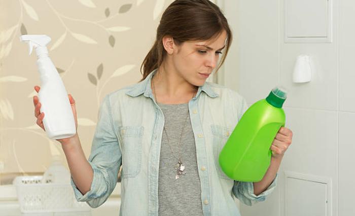 produits de nettoyage mélanges ménagers