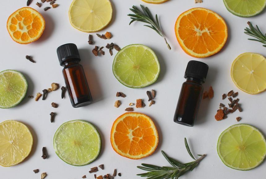 huiles essentielles agrumes orange citron vert
