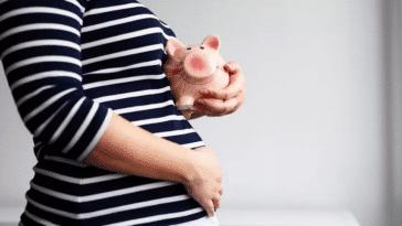 tirelire femme enceinte dépenses budget bébé