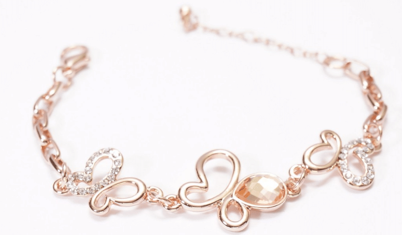 bijoux en or rose nettoyer