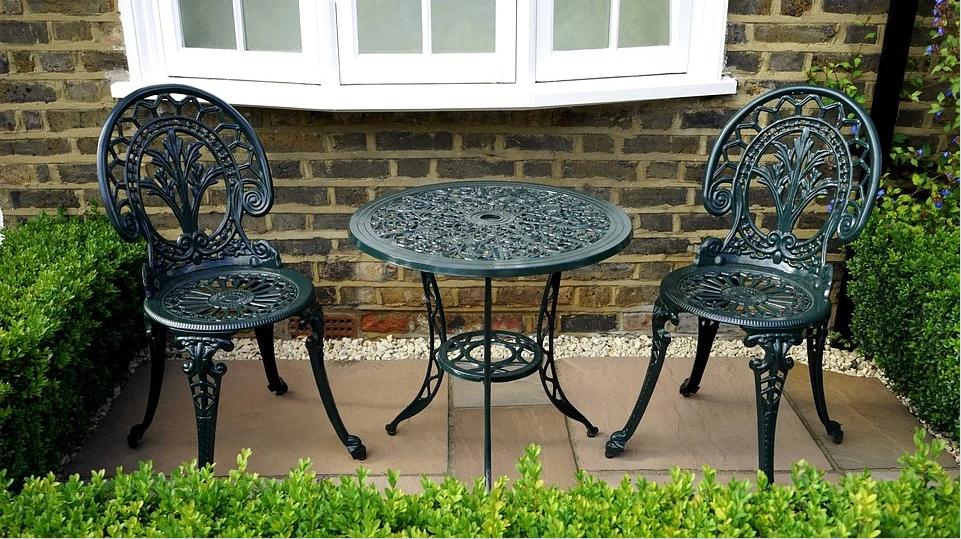 mobilier de jardin métal