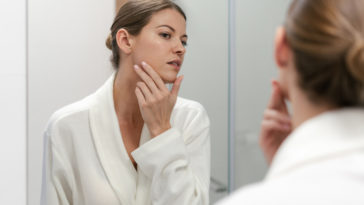 peau sensible miroir visage