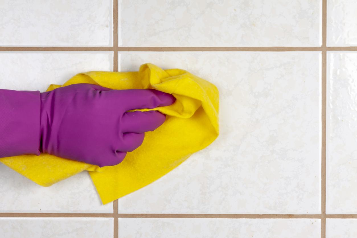 carrelage nettoyage chiffon gant