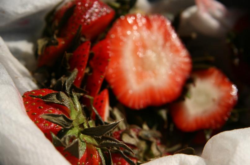 queues de fraises