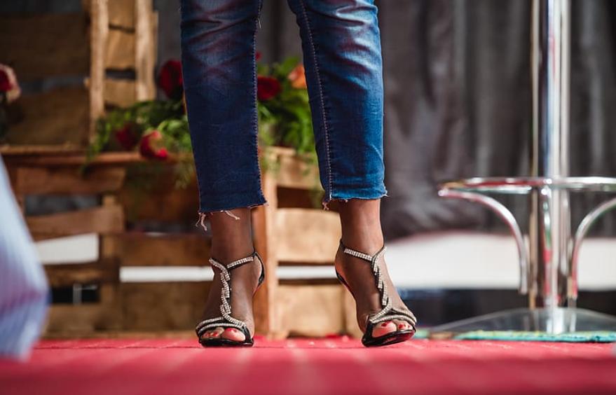 talons sandales chaussures ouvertes