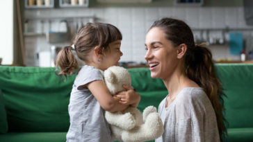 baby sitter enfant nounou