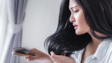 chute de cheveux perte brosse