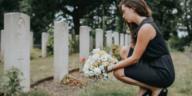 rendre hommage proche décédé mort défunt