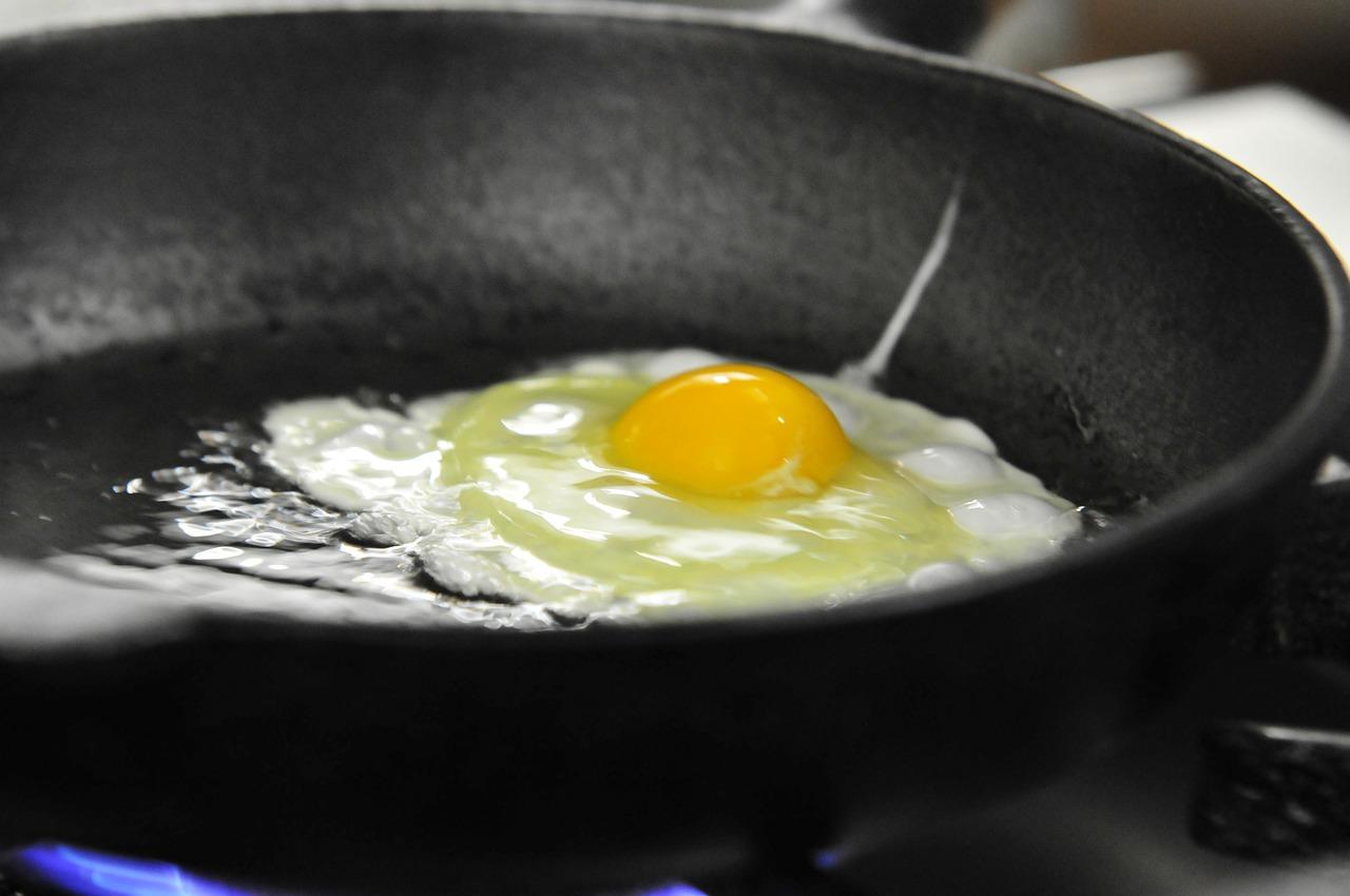 cuisson oeufs casserole huile